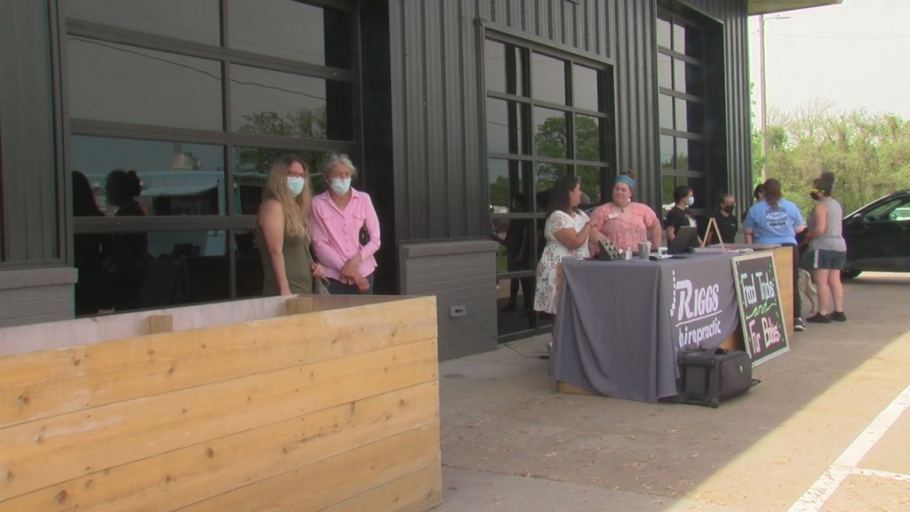 Sek Humane Society Partners With Area Business And Local Food Trucks In Pittsburg