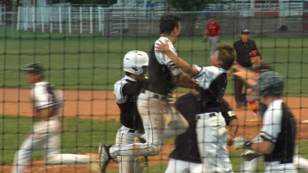 Frontenac Punches Ticket To State With Walk Off Win Over Columbus