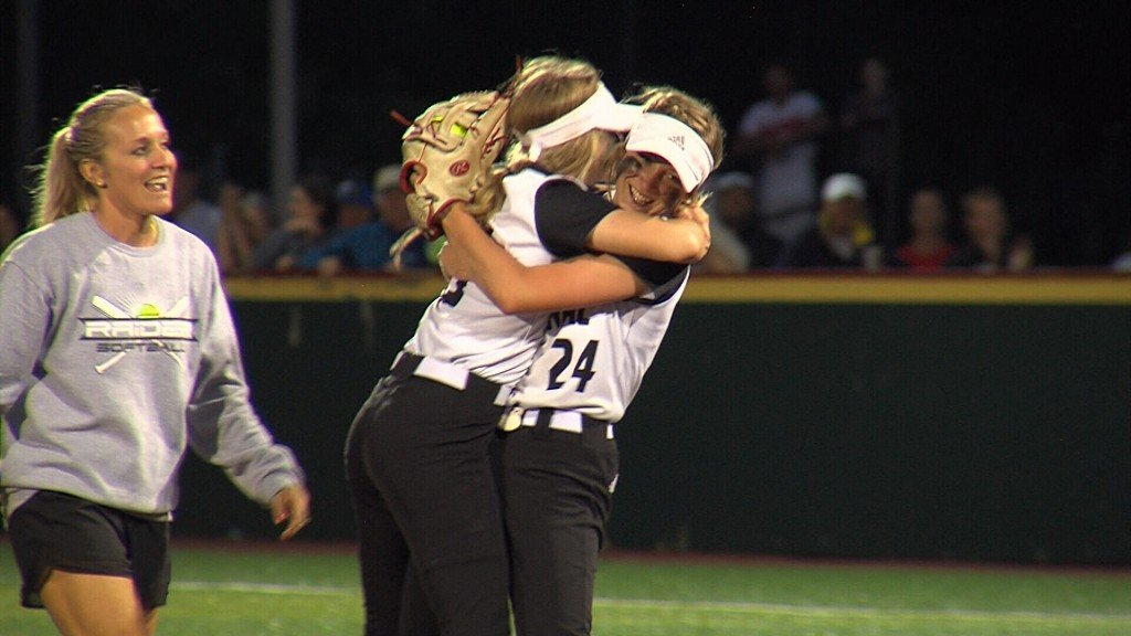 Frontenac Rolls By Galena To Earn Trip To State Tournament