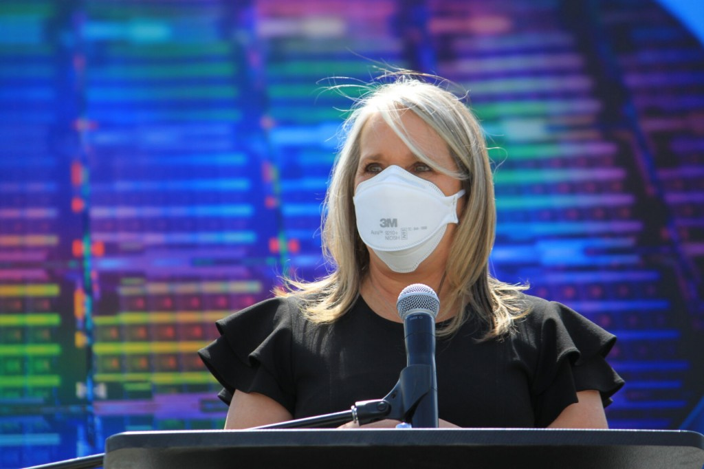 New Mexico Relaxes Mask Rules For The Fully Vaccinated