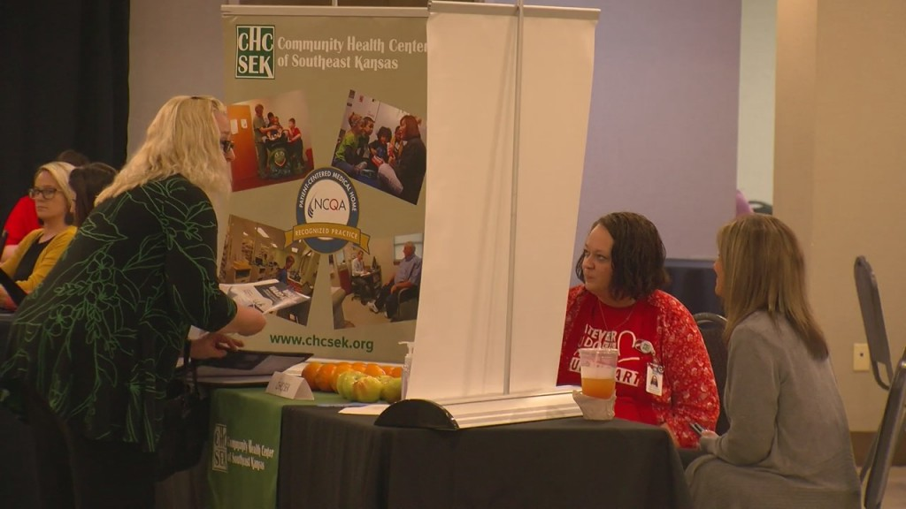 The Pittsburg Area Chamber Of Commerce Hosts A Job Fair T