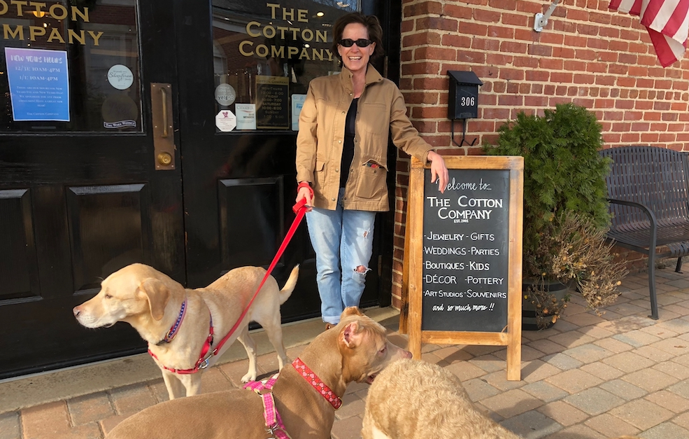 Five Historic Small Towns That Welcome Four Legged Road Trippers