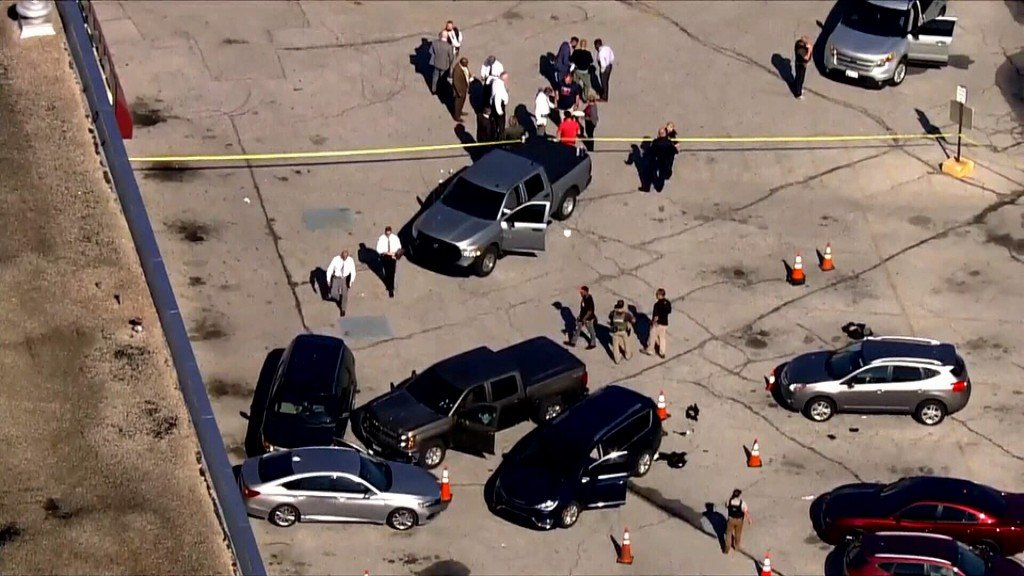 2 officers shot in Baltimore