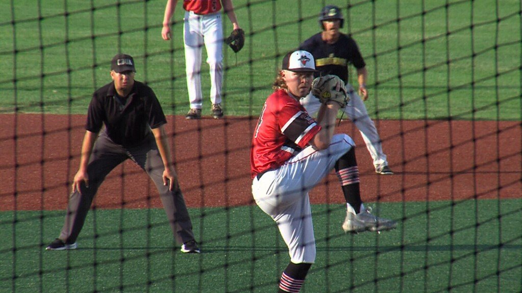 Outlaws Start Fast, Pick Up Win Over Jeff City