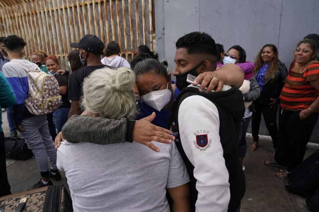 Advocates End Work With Us To Pick Asylum Seekers In Mexico