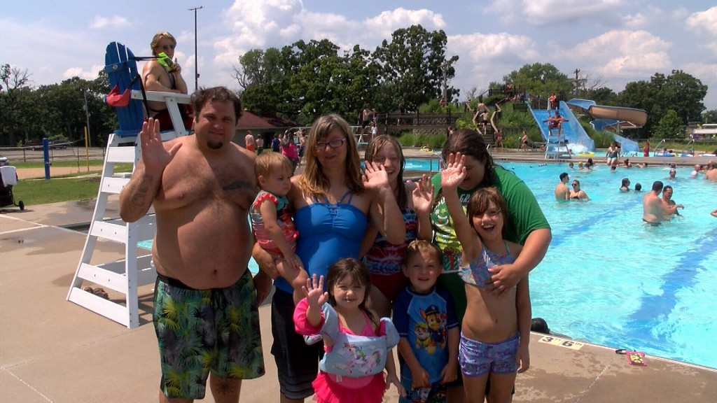 A Family That Recently Moved To Pittsburg Has Some 4th Of July Fun At The Aquatic Center