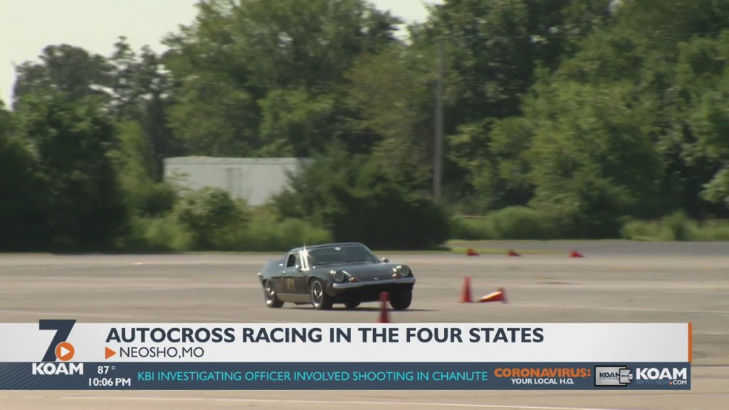 Autocrossing: What It's All About And How It Differs From Traditional Race Car Driving