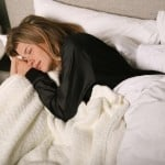 Find Your Sleep 'sweet Spot' To Protect Your Brain As You Age, Study Suggests