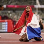 Olympics Latest: Usa's Allman Wins Gold In Discus