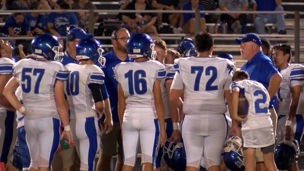 Commerce Tops Galena 40 To 14