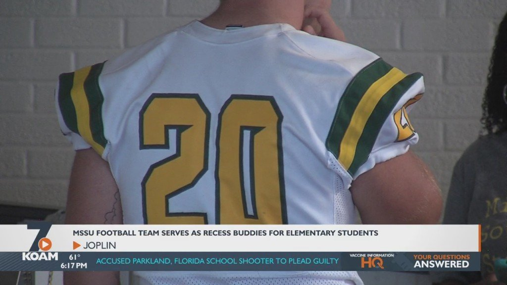 Mssu Football Players Hand Out Free Tickets To Area Elementary Students