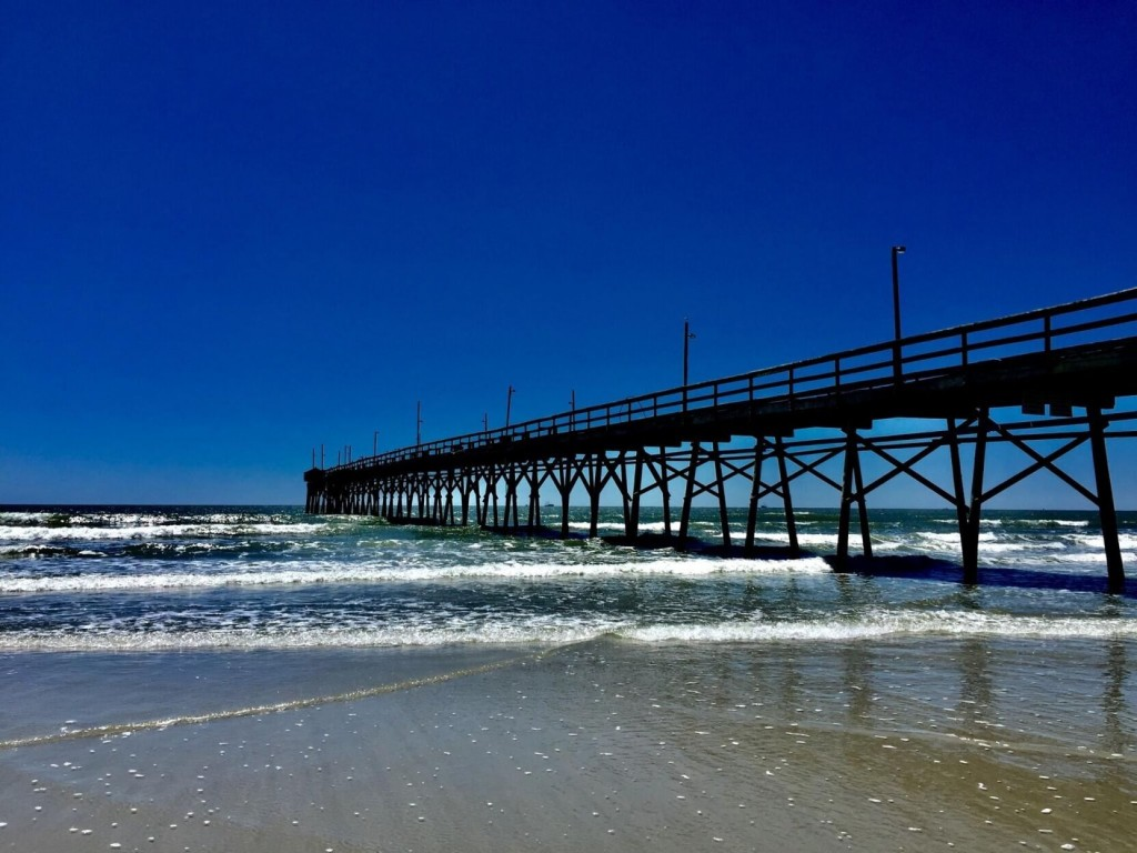As Summer Fades, Check Out These Beach Photos From Our Destinations Photo Contest