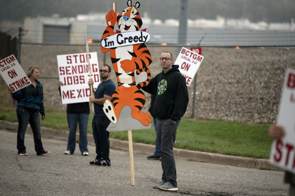 Workers At All Of Kellogg's U.s. Cereal Plants Go On Strike