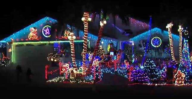 San Diego Christmas Lights.No Shortage Of San Diego Christmas Lights