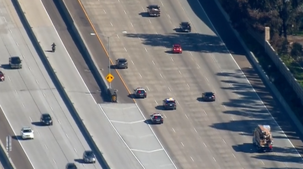 Police chase in San Diego ends in Escondido on I-15 -