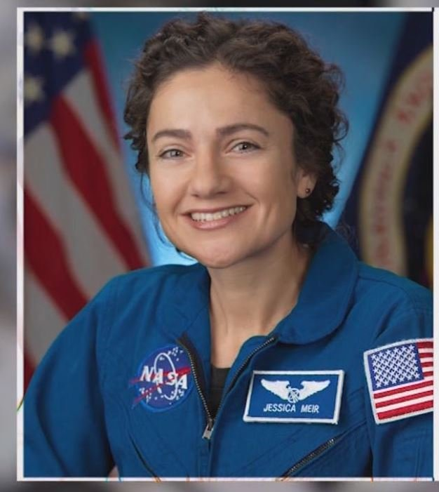 Astronaut & UCSD Alumna Jessica Meir calls local students from international space station - - KUSI