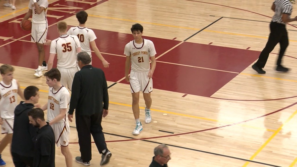 3/5/20 Boys Basketball: Windward 60, Torrey Pines 55