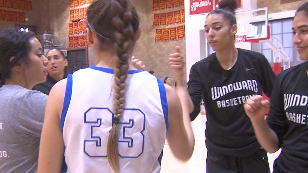 3/10/20 Girls Basketball: La Jolla Country Day 59, Windward 48