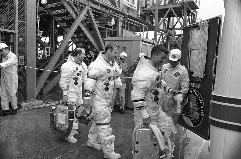 Members Of The Apollo 13