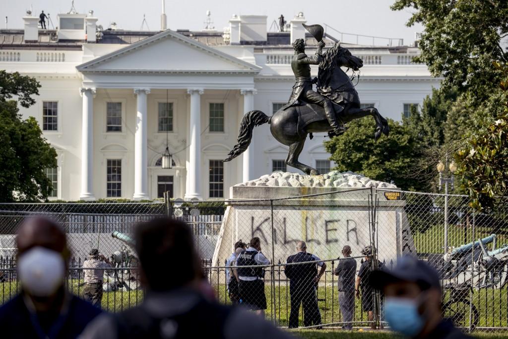 Trump Monuments