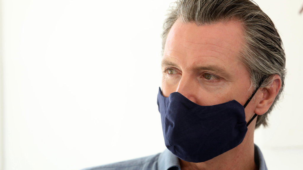 Newsom Wears Mask