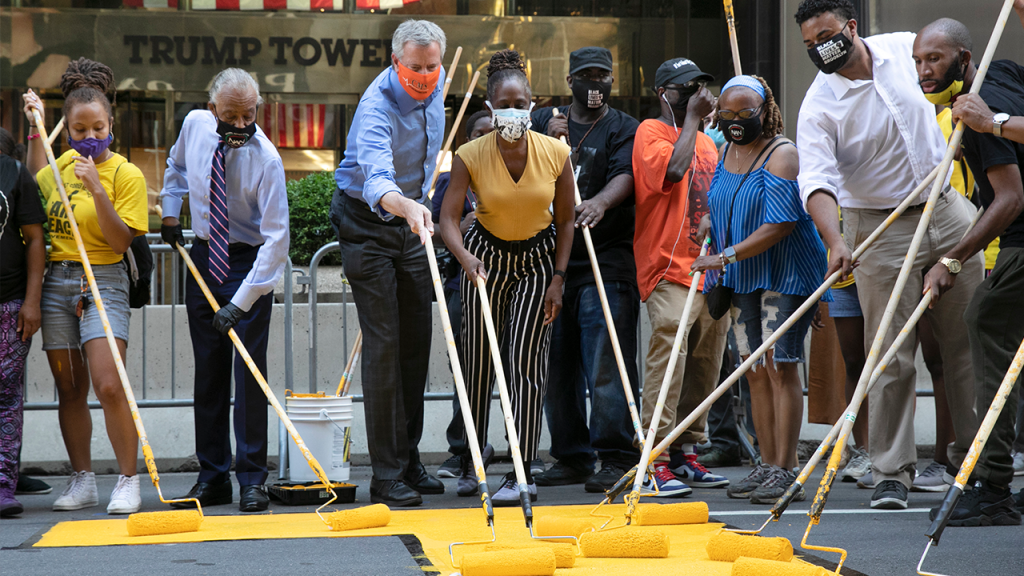 De Blasio Painting Black Lives Matter Outside Trump Tower