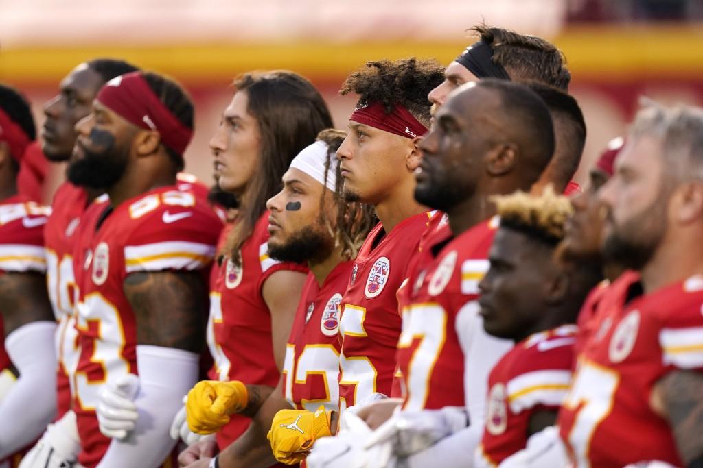 Racial Injustice Chiefs Fans Doorvall