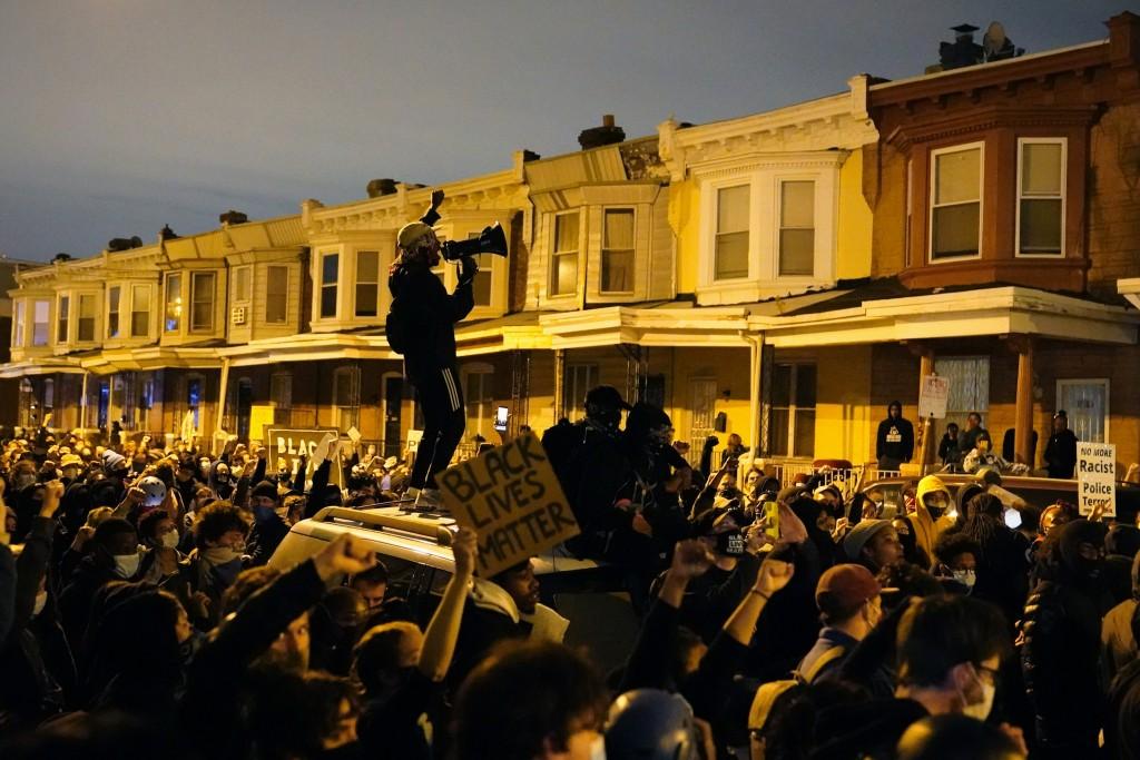 Aptopix Philadelphia Police Shooting
