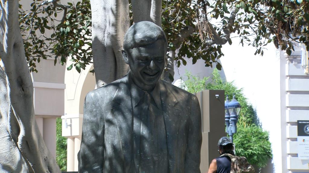 Pete Wilson Statue 2