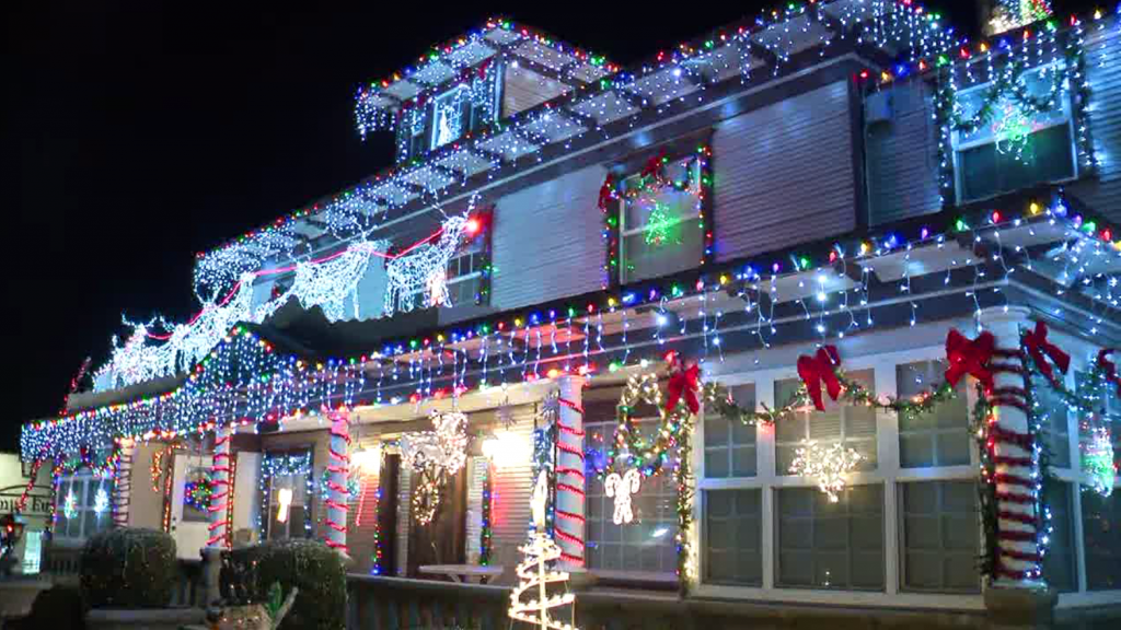 The Forward House Christmas Lights