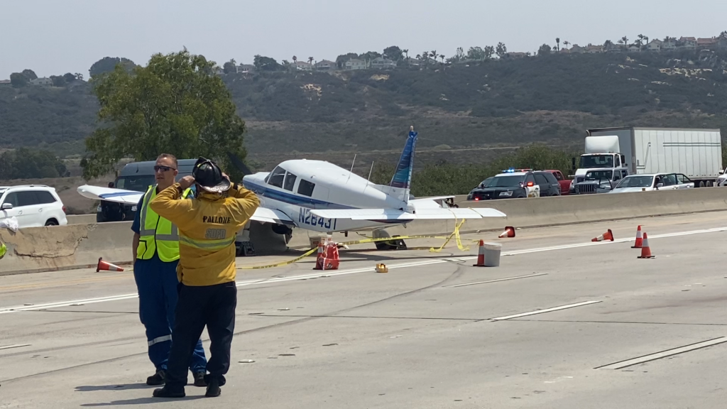 Plane On Del Mar Heights