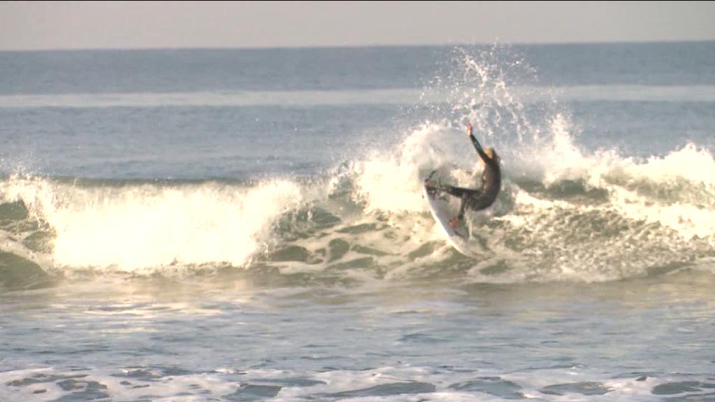 Nissan Super Girl Surf