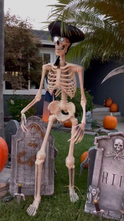 Scott Shermans Halloween House