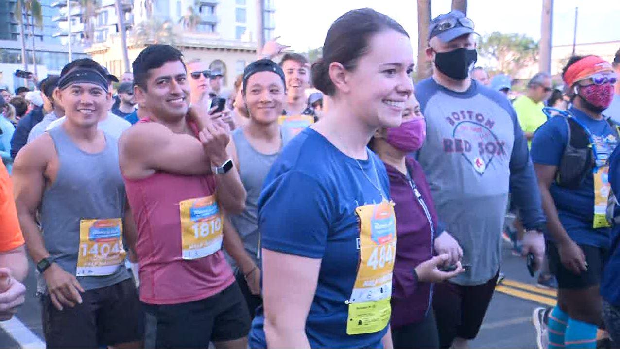 Thousands take off running in San Diego's Rock 'n' Roll Marathon -