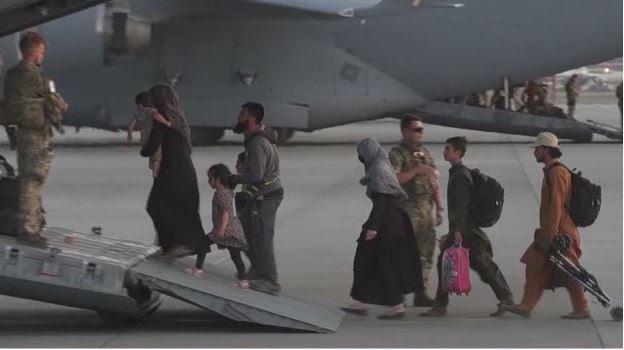 Afghani People Leaving