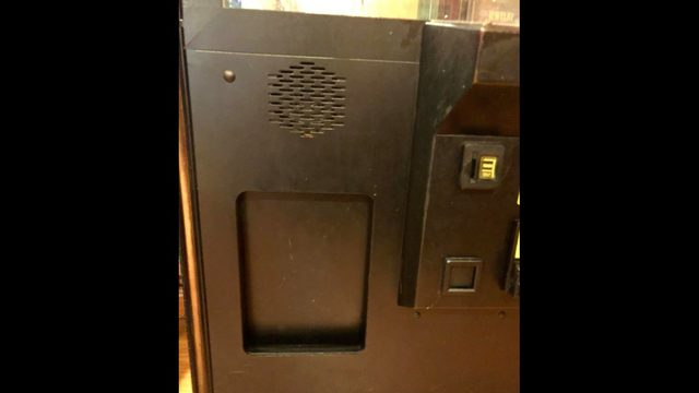 Florida boy climbs into vending machine, gets stuck