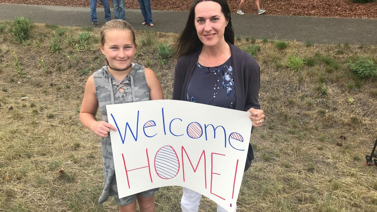 Community lines highway to welcome wounded warrior to Coeur d'Alene