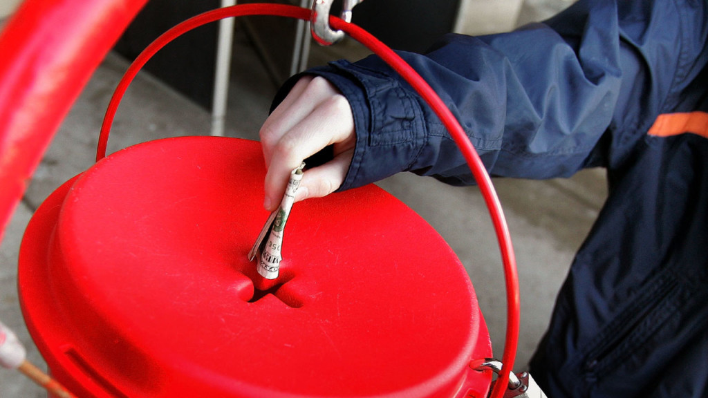 salvation-army-red-kettle_5048885_ver1-0.jpg