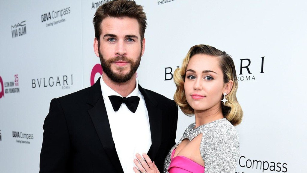 Hollywood's hottest couples hit the Oscar red carpet