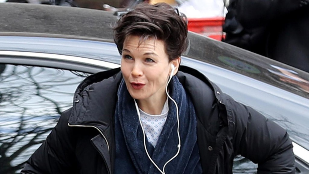 Renee Zellweger transforms into Judy Garland for new film