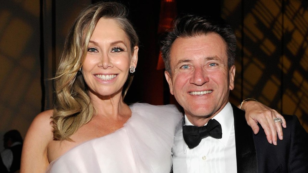 Kym Johnson and Robert Herjavec reveal gender of their twins