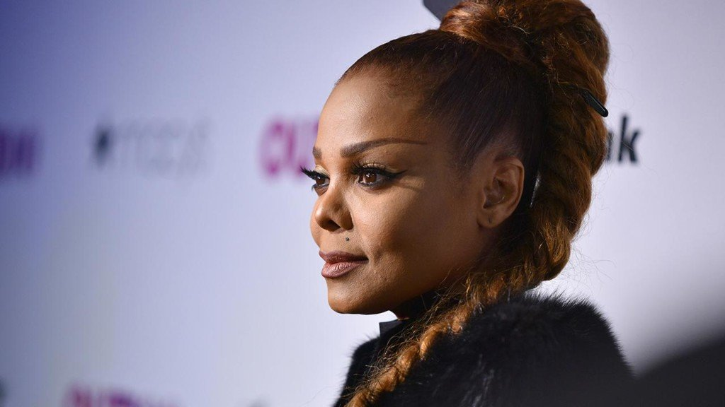 Janet Jackson calls the police to check on her 1 year old son