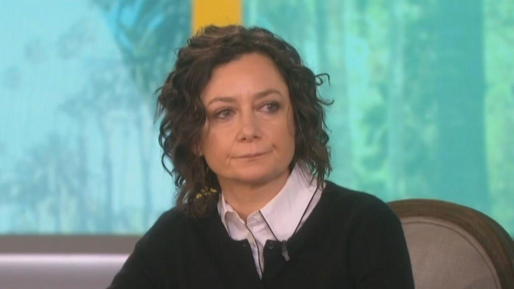 Sara Gilbert speaks out in first appearance since 'Roseanne' cancellation