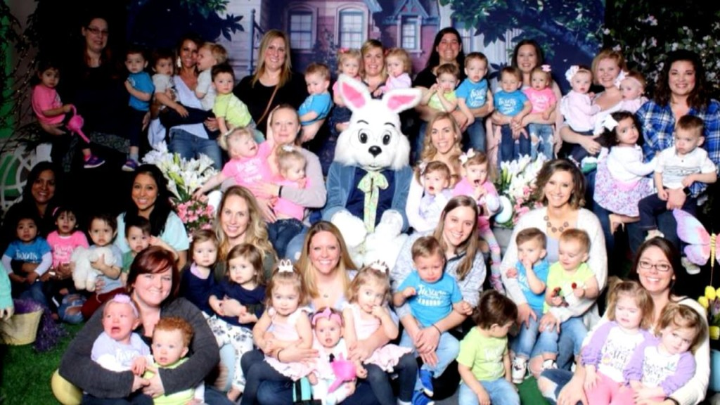 18 sets of toddler twins double the fun when they pose with Easter bunny!