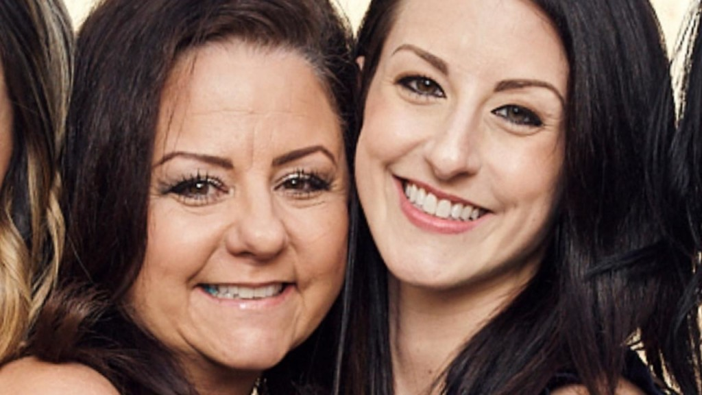 Woman meets her birth mother for the first time in 30 years