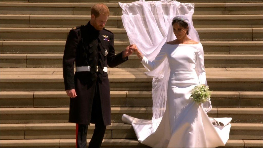 Was Meghan Markle's wedding dress too big?
