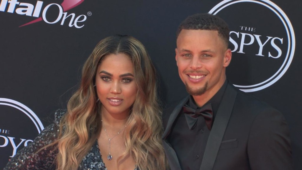 New restaurant owned by Steph Curry's wife Ayesha slammed on Yelp