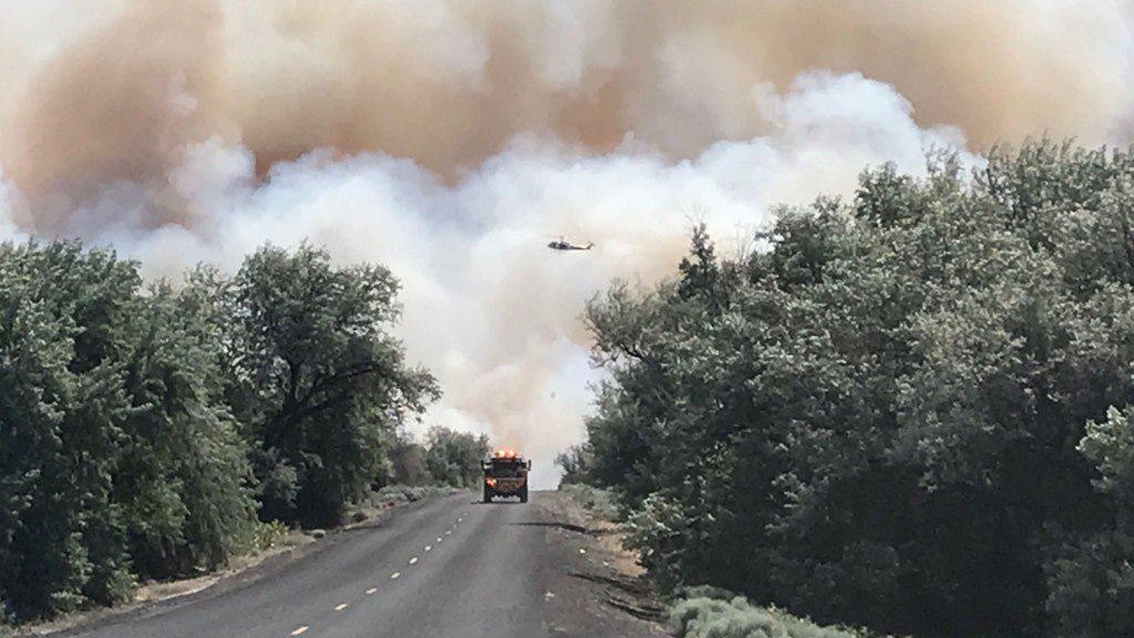 400 firefighters battling central Washington wildfire
