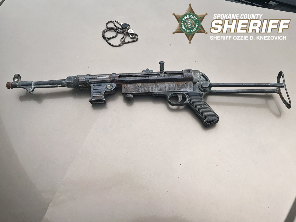Investigation recovers meth, heroin and submachine gun