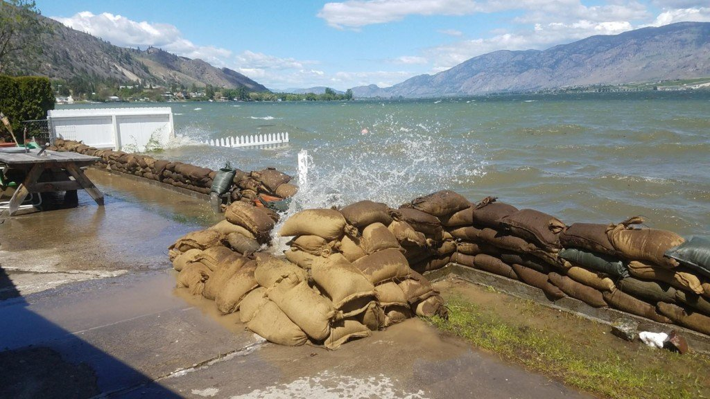 Okanogan River closed throughout county